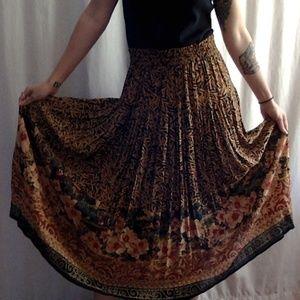 <VTG> Jungle & Floral Maxi Skirt